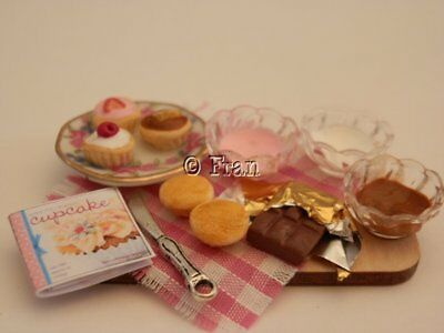 Dolls house food: Decorating cupcakes prep board  -By Fran
