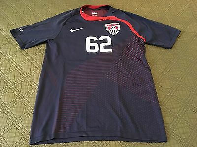 Men's NIKE Fit Dry USA Soccer Navy Blue Shirt - Size Small