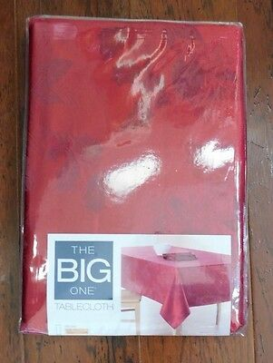 "Christmas Tablecloth Red Holly Berry Oblong 60 x 84"" New Table K4"