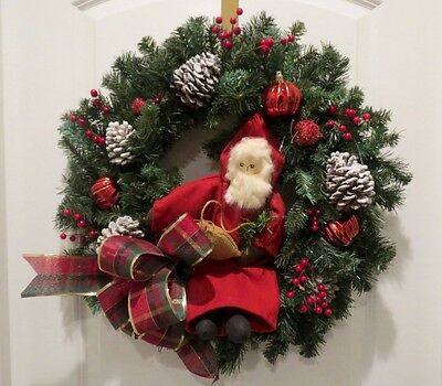 Rustic Christmas Wreath - Traditional Rustic Santa Claus - Father Noel Pine Base