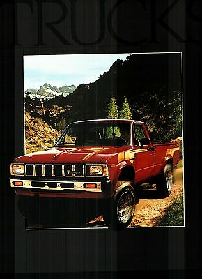 1983 Toyota Pickup Truck Deluxe Color Sales Catalog