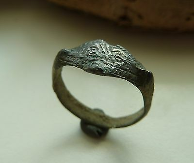 Medieval bronze ring  (354).