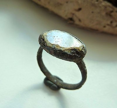 Medieval bronze ring with glass insert (472).
