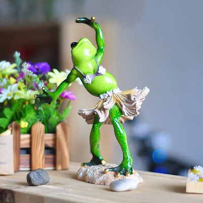 "Novelty Frog Figurines-""Hawaii Hula Dance Playing""Resin Sculpture Desk Toy Decor"