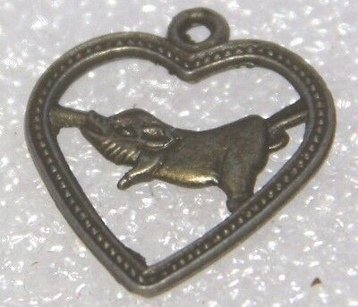 PIG LOVE HEART are you a pig in Chinese astrology ? love heart for pigs