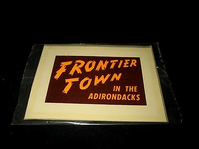 FRONTIER TOWN-NORTH HUDSON, NY-LOGO-VINTAGE 1960s ERA UNUSED WATER DECAL