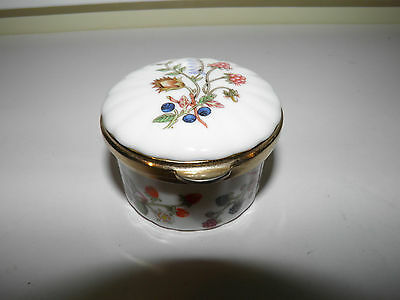 Vintage Aynsley Porcelain Trinket Box - Floral And Berries - Somerset