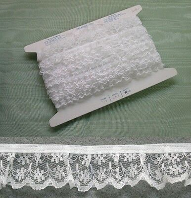 Gathered White Lace  5 metres  (133)