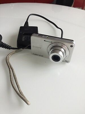 Sony Cybershot Camera With Charger