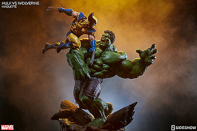 Sideshow Marvel Comics Hulk vs. Wolverine Maquette Statue MISB In Stock