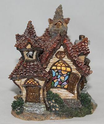 Boyds Boydsenbeary Acres Lil' Country Church Resin Village Building #19045