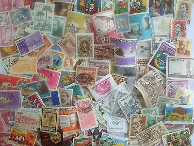 500 Different South America Stamp Collection - Pictorials & Commemoratives only