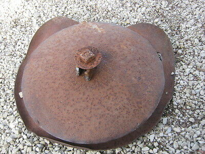 Vintage Rusty Rustic Tractor Seat Implement ????????????? good for decor