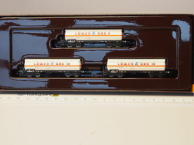 "8616 Marklin Z-scale 3 Freight Gas Tank car set ""Loewen-Gas"" DB"