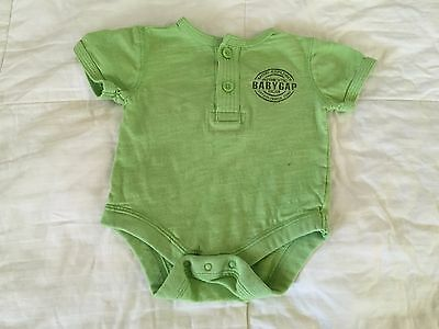 Baby Gap Baby Boy Bodysuit/Shirt size 0-3 months old S17