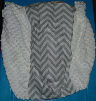 CIRCO Gray White Chevron Wipeable Changing Pad Cover New Minky Dot NEW