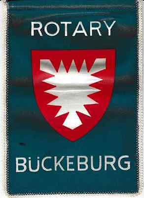 Fanion / Pennant : BÜCKEBURG.   ALLEMAGNE.   * ROTARY CLUB INTERNATIONAL *