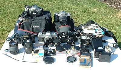 LARGE LOT 35MM Camera And Lens Canon 2000,T70,FTb, Pentax ZX-50 Filters,Flash