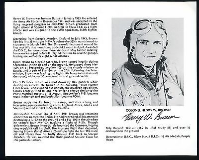 Henry W. Brown DECEASED WWII Fighter Pilot Ace-17V Signed 8x10 Bio Photo T2153