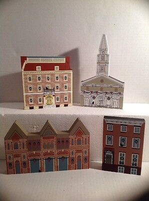 VINTAGE Rare Cats Meow Village Wood Collectible Buildings NEW YORK CHRISTMAS