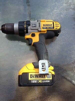 DEWALT 18V COMBI DRILL XRP MODEL WITH 3 GEARS  AND a 18V BATTERY