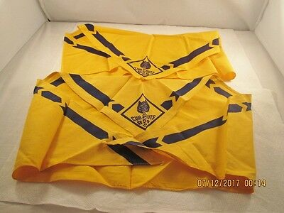 Official Boy Scouts of America CUB SCOUT WOLF Neckerchief Scarves