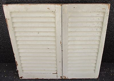 """SET ANTIQUE PAINTED PINE LOUVERED INTERIOR WINDOW SHUTTERS  19"""" x 18""""    E"""