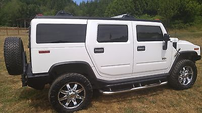 2007 Hummer H2  2007 Hummer H2 Luxury Edition Chrome package custom Tires 90,663 Miles $24,000