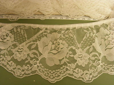 Gathered Cream Lace x 10 metres  90mm wide (020)