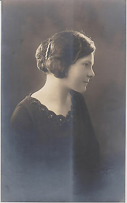 Vintage Photo Beautiful Young Woman Cabinet Sepia Profile San Francisco 1920s