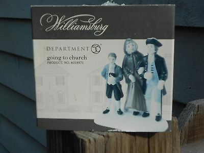 DEPT 56 WILLIAMSBURG VILLAGE Accessory GOING TO CHURCH NIB