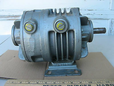 "GAST OILLESS VACUUM PUMP 12X2440-101A 15-25 CFM 7/8"" Shaft 3/4"" NPT for 1HP-2HP"
