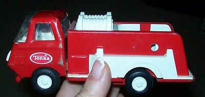 """1980's Tonka Water-Pumper-Fire-Engine/pressed-Steel Excellent Condition 6""""l"""