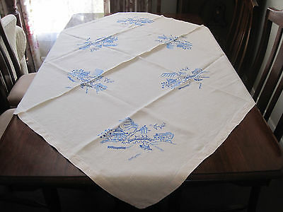 Lovely Vintage Hand Worked Pure Linen Tablecloth ~ Blue Willow Design Embroidery