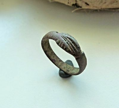 Post-medieval bronze ring (233).