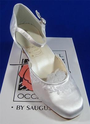 NEW Special Occasions by Saugus Shoe 190 White Size: 3.5