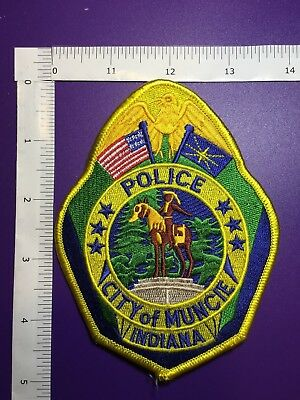 Muncie  Indiana  Police   Shoulder  Patch