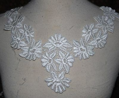Clearance $1 Cream Venise  bodice applique collar embroidered roses sewing d7 g