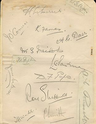 1930s group of essex cricket autographs !