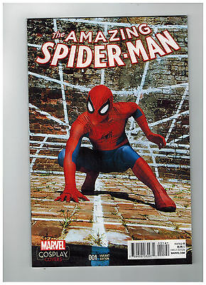 AMAZING SPIDER-MAN #1  Cosplay Variant Cover  1:15          / 2015 Marvel Comics