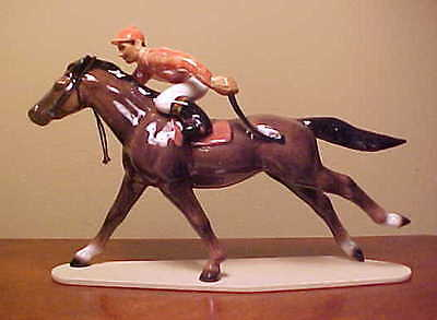Hagen-Renaker Specialty #3297 RACE HORSE WITH JOCKEY - Variation w/ Salmon Silks