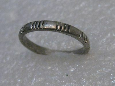 Vintage Silver Tone Southwestern Band Ring, Size 6.5, Engraved Lines, 2.5mm wide