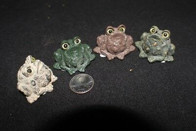Frog Shelf Sitter set of 4 great to display in windowsill among African Violets