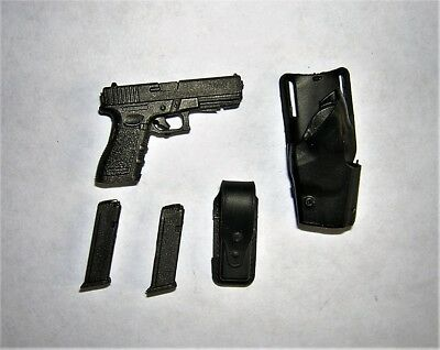 Modeling Toys 1/6th Scale Metropolitan Police Sergeant's Glock 17 & Holster