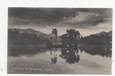 A Corner Of Kandy Lake Ceylon Vintage Postcard 137a