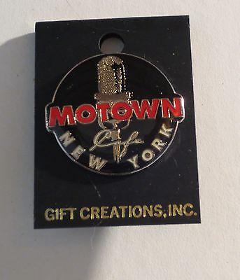 Motown Cafe New York NY Pin Button Pinback Mint