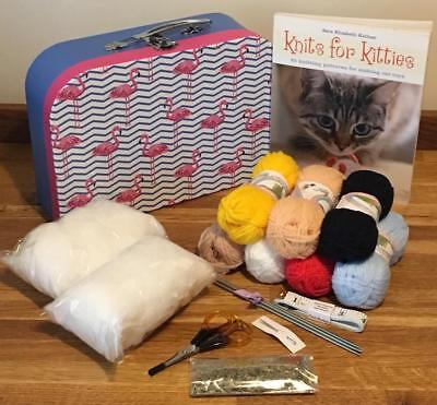 Complete Cat Lovers Knitting Kit Toy & Knits For Kitties Book 6 Box Styles Gift