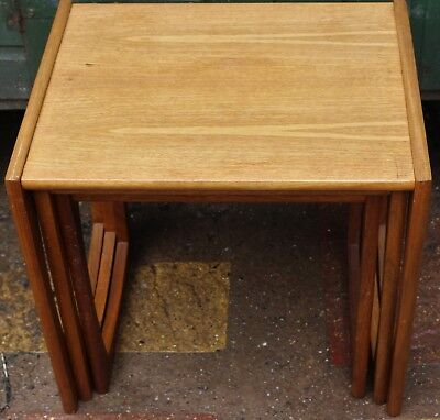Very Nice Retro Looking Useful Nest Of 3 Small Tables