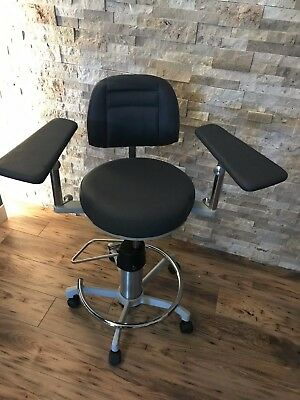 Dexta Surgical Stool Model 905 Ophthalmology Surgeon Chair Refractive Surgery
