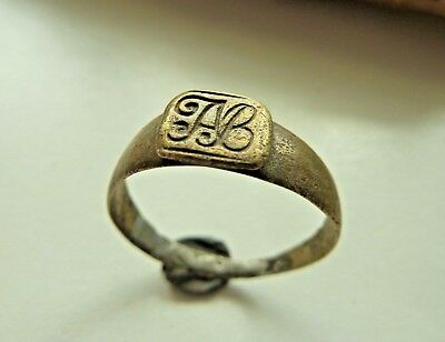 Post-medieval bronze ring with initials (192).